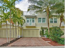 Townhouse for sales at 220 NE 15 Ave.    Fort Lauderdale, Florida 33301 United States