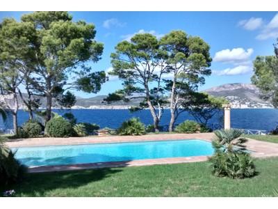 Tek Ailelik Ev for sales at Frontline villa with views in Santa Ponsa  Nova Santa Ponsa, Mallorca 07181 Ispanya