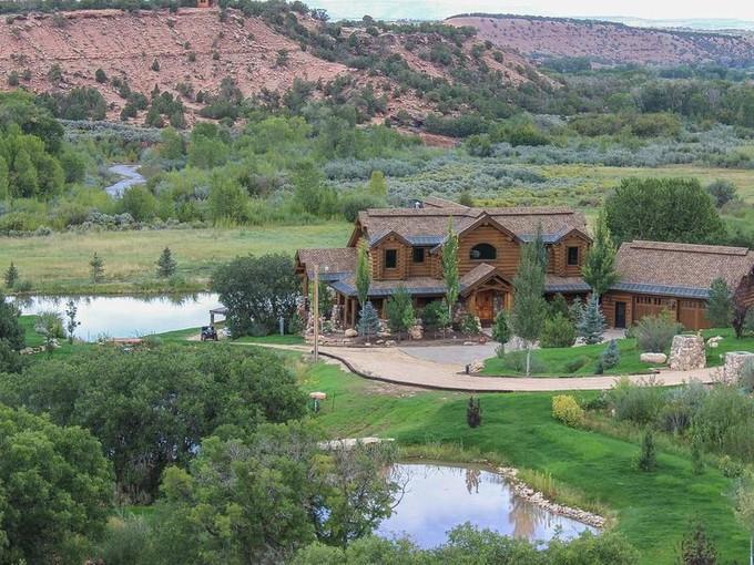 Casa para uma família for sales at Private 40 acre Family Ranch minutes from Park City 7500 South 47370 West Fruitland, Utah 84027 Estados Unidos
