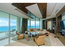 Eigentumswohnung for sales at Turnberry Ocean Colony 16051 Collins Ave Unit 3204   Sunny Isles Beach, Florida 33160 Vereinigte Staaten