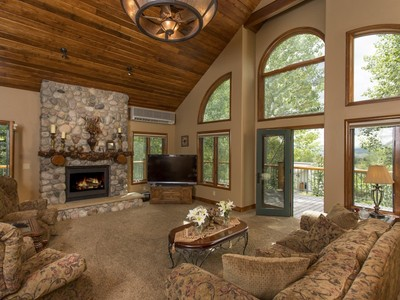 Einfamilienhaus for sales at Mountain View 695 Meadowbrook Circle  Steamboat Springs, Colorado 80487 Vereinigte Staaten