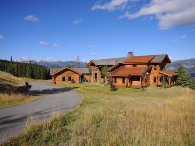 Частный односемейный дом for sales at Private Big EZ Estate 1120 Charlie Russell Loop Big Sky, Монтана 59716 Соединенные Штаты