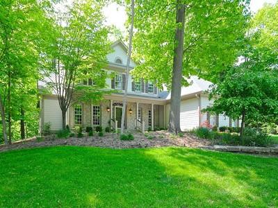 独户住宅 for sales at Spectacular Residence with Walk-Out Lower Level 9489 Woodbridge Pl Zionsville, 印第安纳州 46077 美国