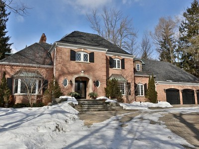 Villa for sales at South East Oakville Gem 1049 Linbrook Road Oakville, Ontario L6J2L2 Canada