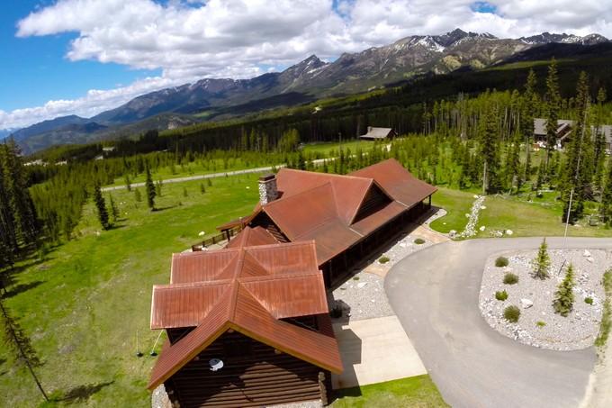Moradia for sales at Ulery's Lake Lodge 10 Mountain Trail Road Big Sky, Montana 59716 Estados Unidos