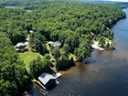 Otras residenciales for sales at Ultimate Family Compound on Lake of Bays 1133 Boyces Rd Muskoka, Ontario P0A1H0 Canadá