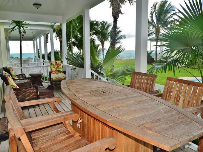 Nhà ở một gia đình for sales at Cottage #9 Treasure Cay, Abaco Bahamas