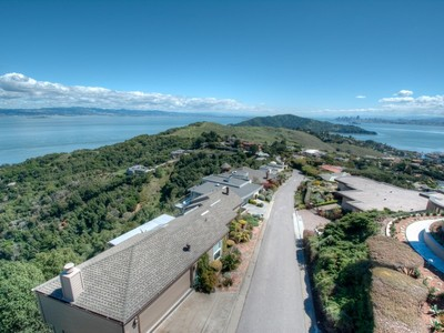 Casa Unifamiliar for sales at World Class Views in Tiburon 120 Sugarloaf Drive Tiburon, California 94920 Estados Unidos