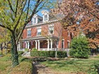 Moradia for  sales at Hyde Park Gem 2570 Erie Avenue  Hyde Park, Cincinnati, Ohio 45208 Estados Unidos