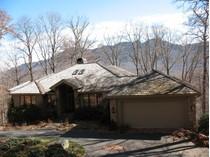 Casa para uma família for sales at Ramos' Roost 1038 Ridge Drive   Linville, Carolina Do Norte 28646 Estados Unidos