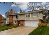 Casa para uma família for sales at 5236 Meadow Ridge , Edina, MN 55439 5236  Meadow Ridge   Edina, Minnesota 55439 Estados Unidos