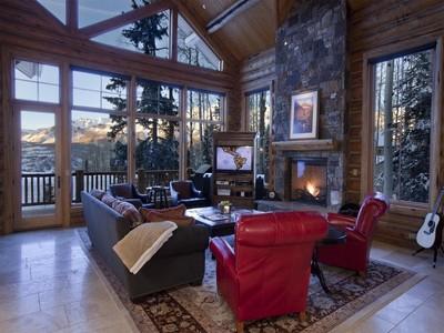 獨棟家庭住宅 for sales at Mountain Retreat 106 Palmyra Drive Telluride, 科羅拉多州 81435 美國