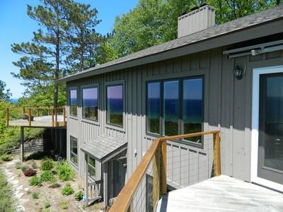 獨棟家庭住宅 for sales at 5160 Seven Mile Point Ridge  Harbor Springs, 密歇根州 49740 美國