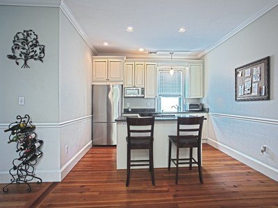 Nhà chung cư for sales at Penthouse in Gas Light District 44 Pleasant Street #3 Boston, Massachusetts 02129 Hoa Kỳ