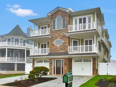 Single Family Home for sales at Extraordinary Seashore Retreat! 14 Imbrie Place Sea Bright, New Jersey 07760 United States