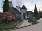 Nhà ở một gia đình for  sales at 685 Esplanade   Pelham, New York 10803 Hoa Kỳ