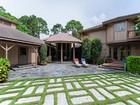 Casa para uma família for  sales at PINE RIDGE 63  Eugenia Dr   Naples, Florida 34108 Estados Unidos