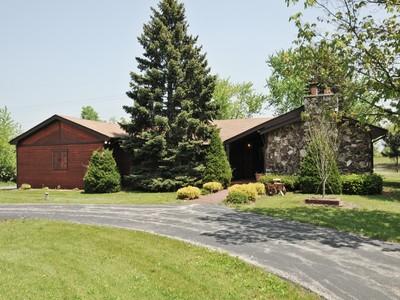 独户住宅 for sales at 5+ Private Acres! 22741 S Wirth Lane Frankfort, 伊利诺斯州 60423 美国