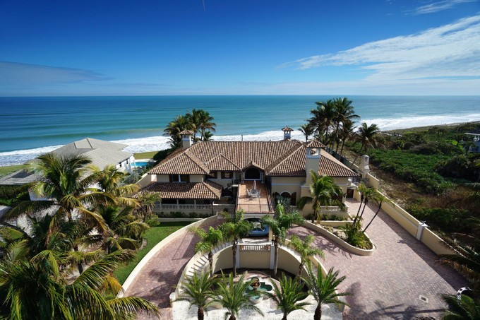 Nhà ở một gia đình for sales at Breathtaking Ocean View 10880 Highway A1A N Vero Beach, Florida 32963 Hoa Kỳ