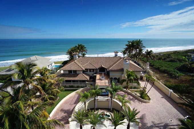 Moradia for sales at Breathtaking Ocean View 10880 Highway A1A N Vero Beach, Florida 32963 Estados Unidos