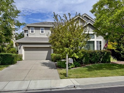 Maison unifamiliale for sales at Elegant Home in Desirable Neighborhood 7 Cross Bridge Place Danville, Californie 94526 États-Unis