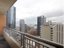 Kat Mülkiyeti for sales at Immaculate Condo in South Loop 1160 S Michigan Avenue Unit 3102   Chicago, Illinois 60605 Amerika Birleşik Devletleri