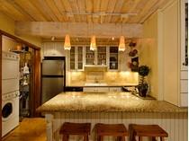 Appartement en copropriété for sales at Live In The Heart of Aspen 630 East Cooper Avenue #9  Central Core, Aspen, Colorado 81611 États-Unis