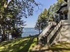 Casa Unifamiliar for  sales at Kro Krest 17 Kro Krest Lane Sorrento, Maine 04677 Estados Unidos