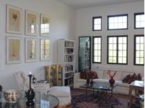 共有 for sales at Outstanding Blind Brook Lodge 66 Milton Road Unit#D43   Rye, 紐約州 10580 美國