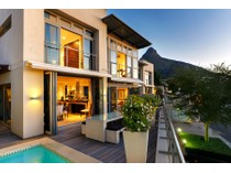 Residência urbana for sales at Ocean View Drive, Sea point Cape Town, Western Cape África Do Sul