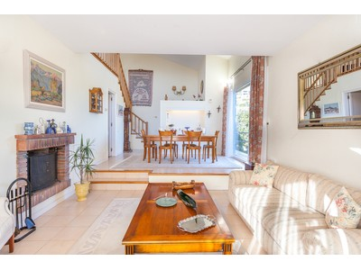 Einfamilienhaus for sales at Charming residential property near Barcelona Alella, Barcelona Spanien