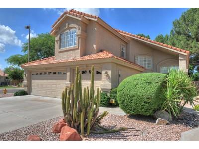 단독 가정 주택 for sales at Meticulously Maintained Home On A Premium Corner Lot Backing To Greenbelt 8936 E Mescal Street  Scottsdale, 아리조나 85260 미국