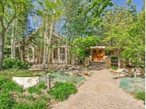 Casa para uma família for sales at Private Serenity with Abundant Amenities 11 Sunwood Ln   Sandy, Utah 84092 Estados Unidos