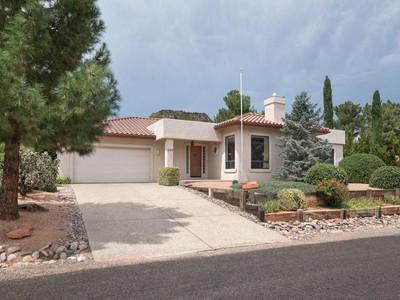 独户住宅 for sales at Comfortable, Bright, and Spacious Home 355 Montazona Sedona, Arizona 86351 United States