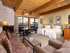 Einfamilienhaus for sales at Remodeled Turnkey Aspen Square Studio 617 E. Cooper Ave Unit 321  Aspen, Colorado 81611 Vereinigte Staaten