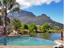 Maison unifamiliale for sales at Famous Stellenbosch Guest Farm on tourist route Stellenbosch, Cap-Occidental Afrique Du Sud