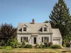 Einfamilienhaus for  sales at 123 Evergreen 123 Evergreen Ave   Hamden, Connecticut 06518 Vereinigte Staaten