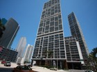 Appartement en copropriété for  sales at ICON BRICKELL 465 Brickell Ave 802   Miami, Florida 33131 États-Unis