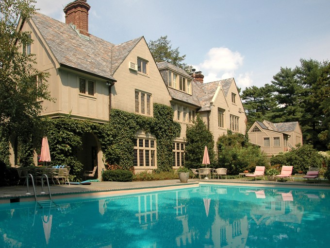 Maison unifamiliale for sales at Normandy-inspired Manor in Princeton 114 Elm Road Princeton, New Jersey 08540 États-Unis