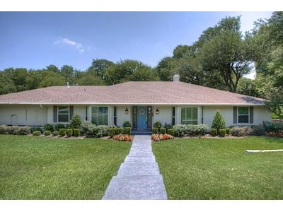 단독 가정 주택 for sales at 3901 Arlan Lane  Fort Worth, 텍사스 76109 미국