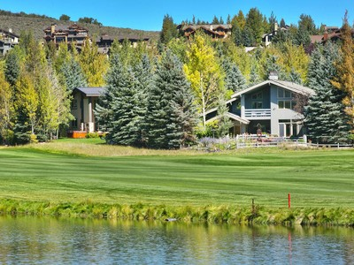 Einfamilienhaus for sales at Sweeping Mountain Views from this Park Meadows Golf Course Home 2405 Meadows Dr  Park City, Utah 84060 Vereinigte Staaten
