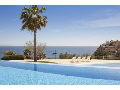 Apartamento for sales at Spacious front line Penthouse in Sol de Mallorca  Sol De Mallorca, Mallorca 07181 España