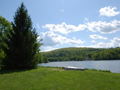 Single Family Home for sales at Charming Home with Lake Access 39 Greenridge Court Carmel, New York 10512 United States