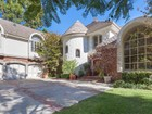 Single Family Home for  sales at 4550 Portico Pl    Encino, California 91316 United States