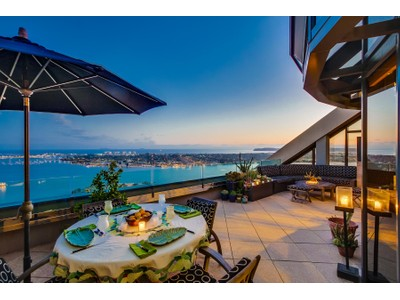 Condominio for sales at Harbor Club 200 Harbor Drive #4101 San Diego, California 92101 Estados Unidos