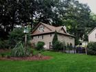Casa Unifamiliar for  rentals at Renovated Antique 143 Redding Road Redding, Connecticut 06896 Estados Unidos