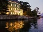 Apartamentos multi-familiares for  sales at Gorgeous Lakefront Trophy Estate Via Regina Laglio, Como 22010 Itália