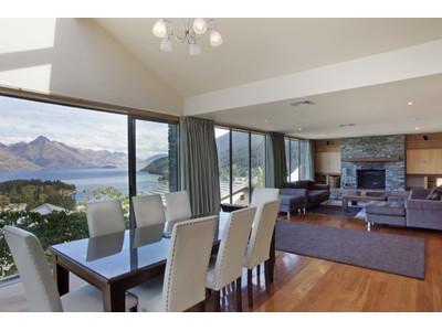 Maison de ville for sales at 6A Limerick Lane, Queenstown Hill  Queenstown, Southern Lakes 9300 Nouvelle-Zélande