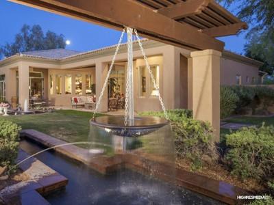 Частный односемейный дом for sales at Exceptional Property With Impeccable Finishes In An Upscale Phoenix Community 4612 W El Cortez Place Phoenix, Аризона 85083 Соединенные Штаты