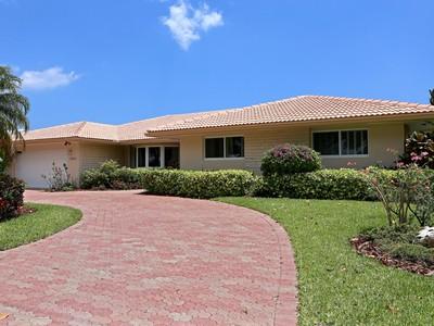 Maison unifamiliale for sales at 5570 Bayview Dr.  Fort Lauderdale, Florida 33308 États-Unis